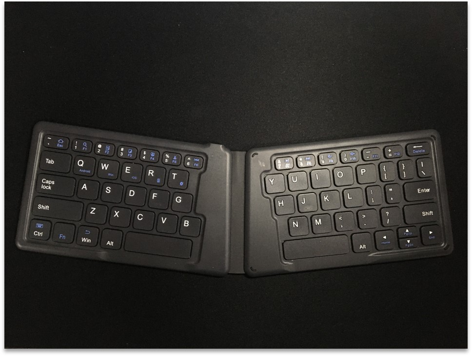 iClever Bluetooth キーボード